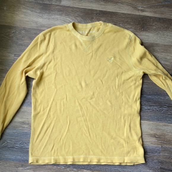 Yellow American eagle outfitters shirt
